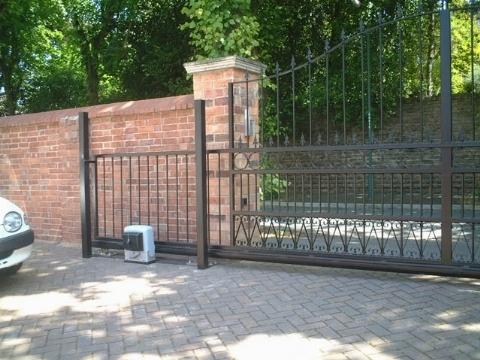 Cancelli scorrevoli cancelli cancello scorrevole for Prezzo del ferro vecchio al kg