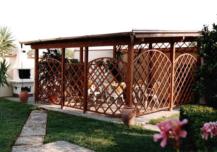 Grigliati per terrazzi grigliati e frangivento grigliati per giardino utilizzi - Gazebo terrazzo vento ...