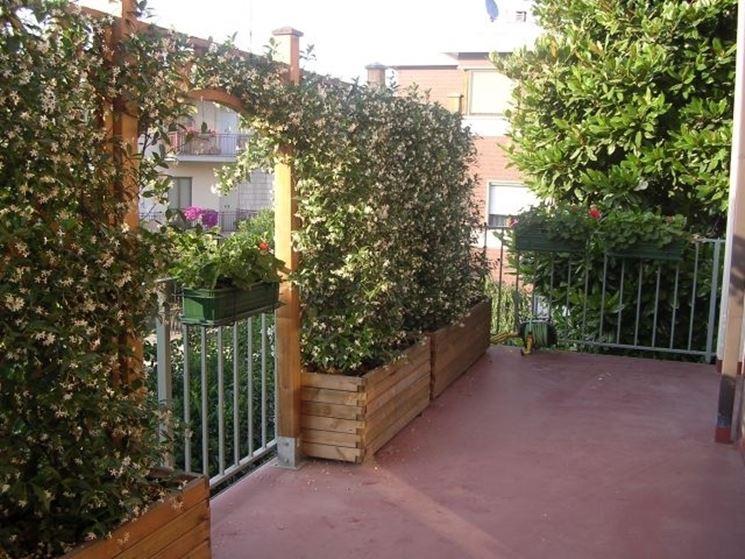 Mobili lavelli tralicci in legno per terrazzi for Piante per terrazzi