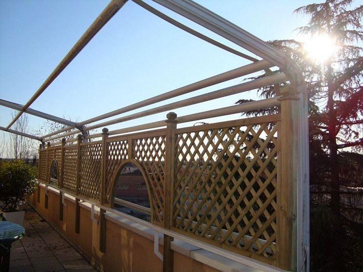Griglie in legno grigliati e frangivento utilizzo for Arco per rampicanti fai da te