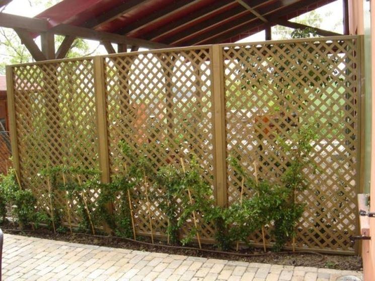 Griglie legno giardino grigliati e frangivento griglie for Divisori da giardino