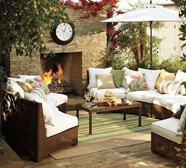 Composizione di mobili per giardino