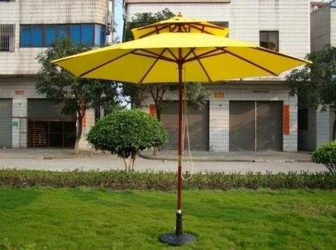 Ombrelloni da terrazzo ombrelloni da giardino - Riparazione ombrelloni da giardino ...