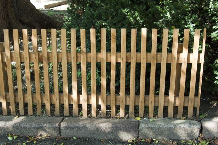 Costruire un recinto recinzioni come costruire un for Recinzioni giardino legno