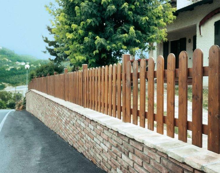 Modelli di recinzioni in legno recinzioni recinzioni for Divisori da giardino in plastica