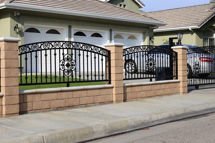 Recinzioni in ferro recinzioni recinzioni ferro - Recinzioni per giardini ...
