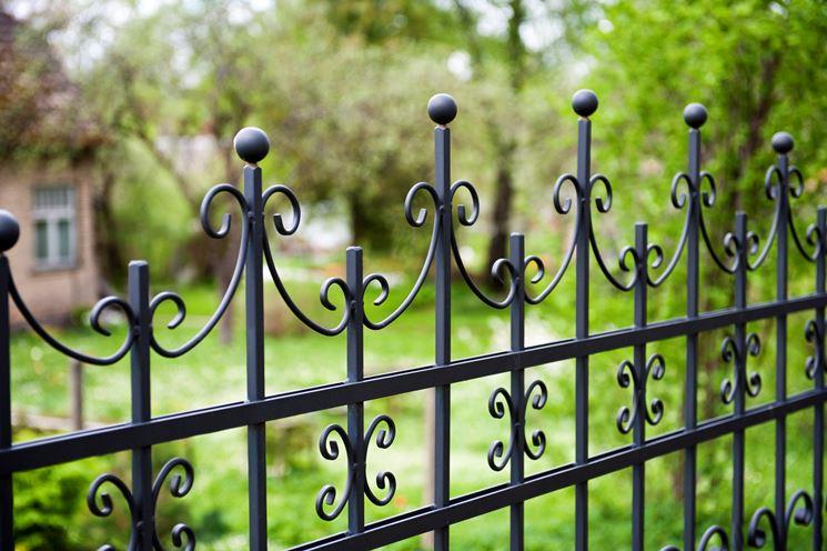 particolare recinzione in ferro