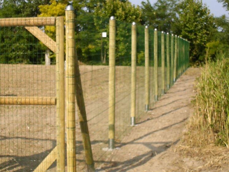Recinzioni in legno recinzioni recinzioni legno for Recinzione legno