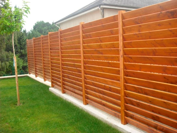 Recinzioni in legno recinzioni recinzioni legno for Recinto cani fai da te