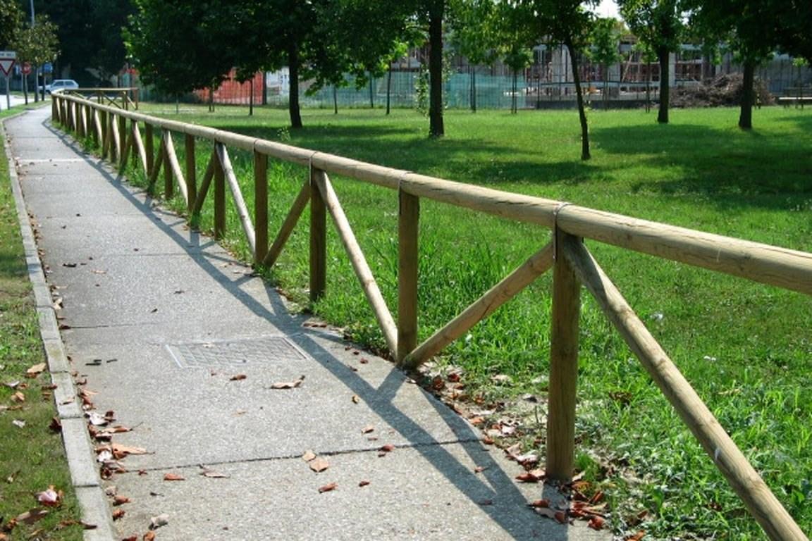Recinzioni da giardino in legno idee di design nella - Recinzioni in legno per giardino ...