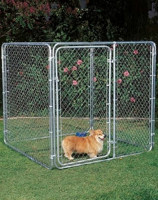Recinzioni per cani recinzioni for Animali da giardino finti