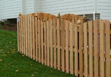 Staccionate recinzioni staccionate tipologie - Recinzioni in legno per giardino ...