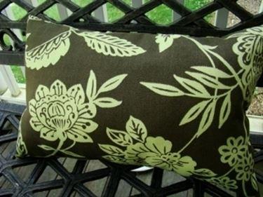 Cuscini per sedie da giardino tavoli da giardino - Acquisto terra per giardino ...