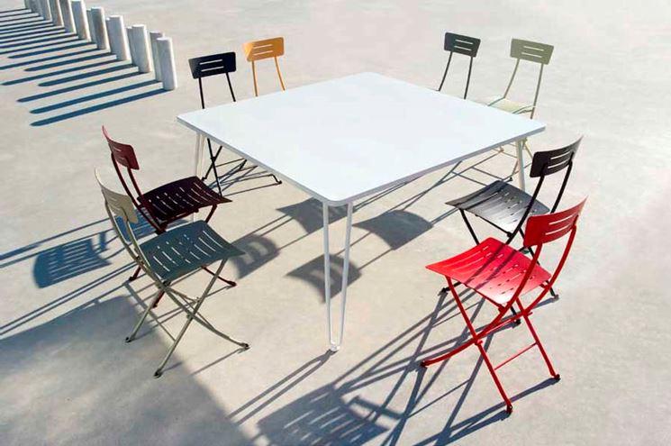 Sedie In Ferro Battuto Pieghevoli : Sedie da giardino in ferro tavoli da giardino