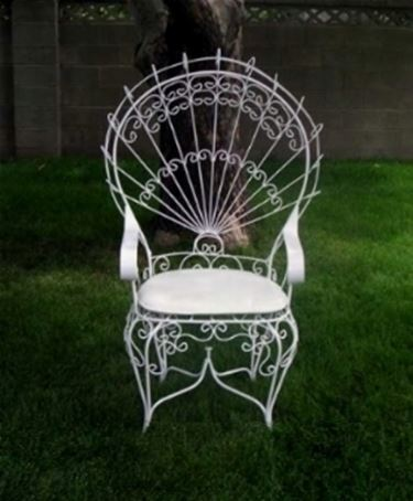 Tavoli da giardino in ferro battuto idee creative e for Tavoli e sedie in ferro battuto da giardino prezzi