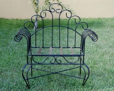 Sedie da giardino in ferro tavoli da giardino for Sedie da esterno in ferro