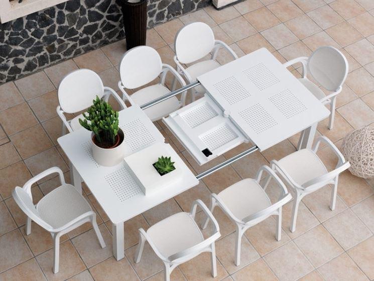 tavolo allungabile da esterno