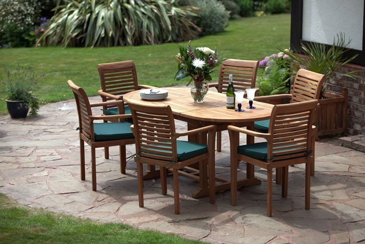 Tavoli da giardino allungabili tavoli da giardino for Mobili da giardino terrazzo