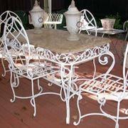 Tavolo da giardino in ferro battuto