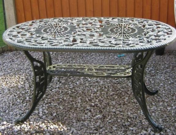 Tavoli Da Giardino In Ferro Battuto E Mosaico.Tavolo Esterno Ferro Battuto Elegant Arredamento Da Esterno