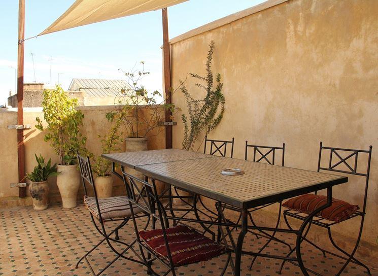 Tavoli da terrazzo tavoli da giardino tavoli per il for Mobili da terrazzo in legno