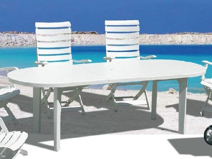 Tavoli pieghevoli da esterno tavoli da giardino tavoli for Tavoli x esterno