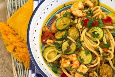 Spaghetti alle zucchine e gamberetti