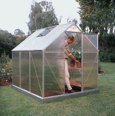 Serra fai da te ortaggi come costruire una serra - Invernaderos para casa ...