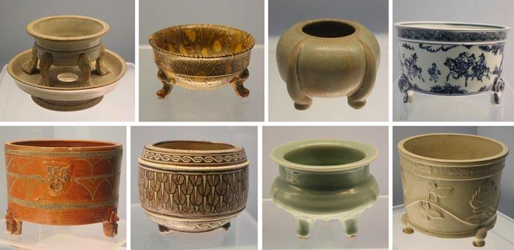 Alcuni esempi di vasi bonsai giapponesi antichi.