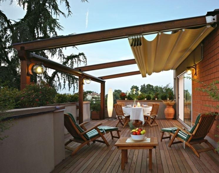 Copertura terrazzo con tenda solare