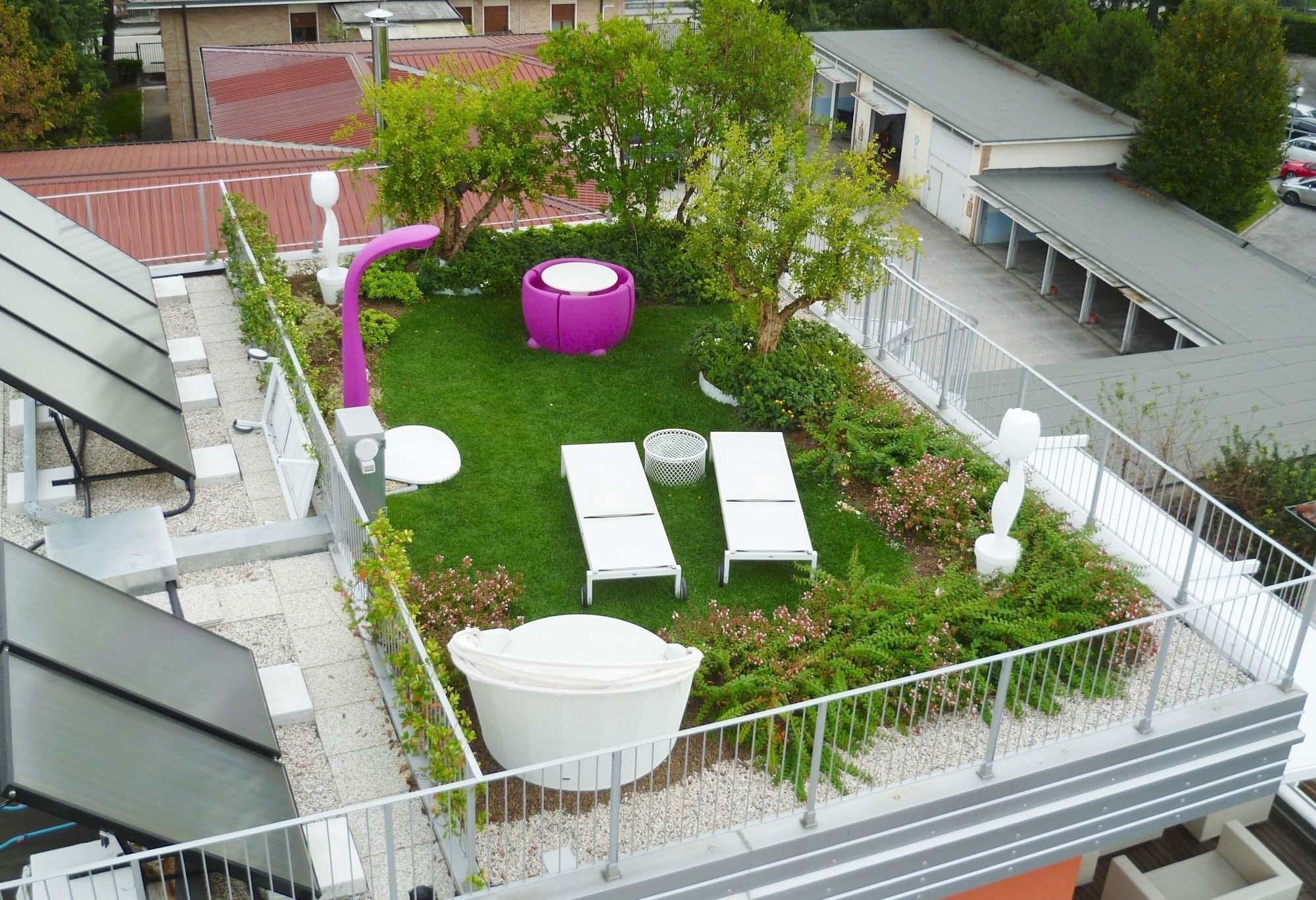Giardino pensile piante da terrazzo come realizzare un - Giardino pensile ...