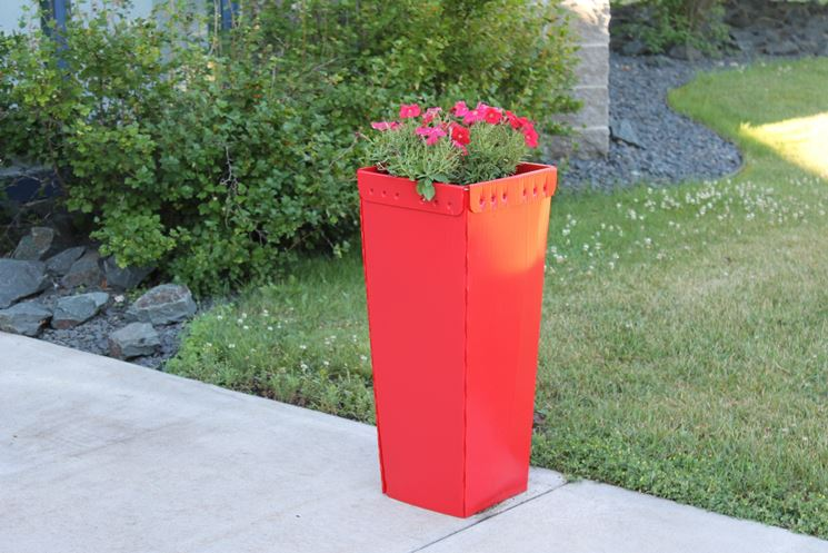 Vasi da fiori piante da terrazzo fiori in vaso for Vasi rettangolari plastica