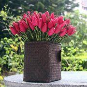 vaso con dei tulipani